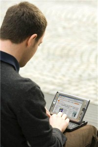 Expert finds data security flaw in wireless technology